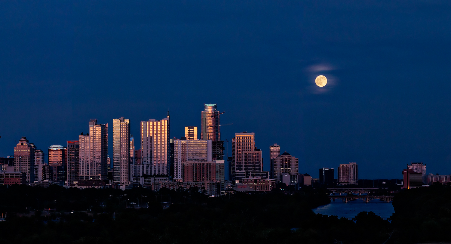 Full Moon over Austin