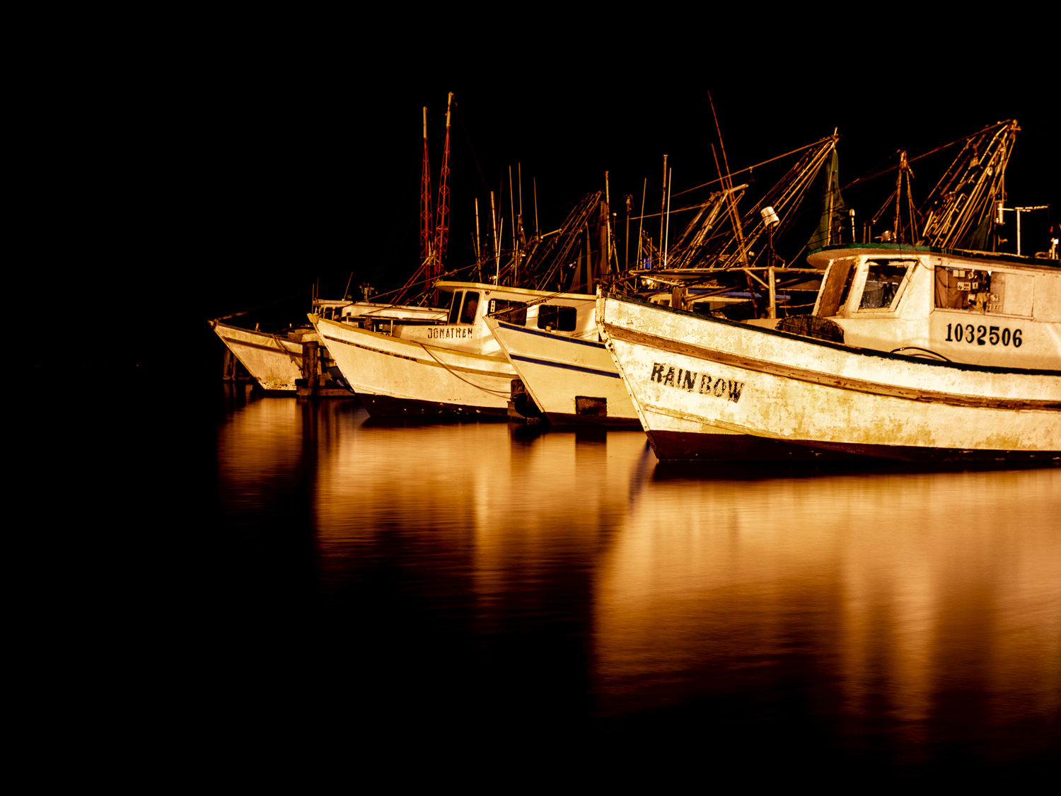 Fishing Boats in Fulton Harbor
